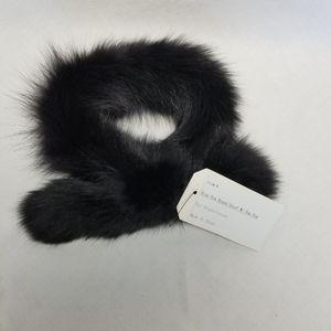 NWT Genuine Blue Fox Round Scarf Neck Wrap